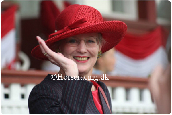 Dronning-Margrethe-2009opt2